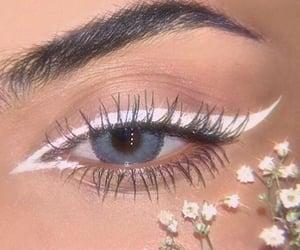 makeup, eye, and flowers image