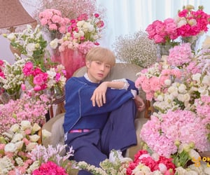 boy, pink, and beomgyu image