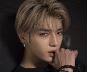 boy, performer, and lee taeyong image
