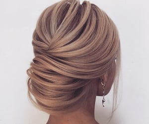 fashion, girly, and hairstyle image