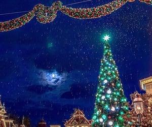 christmas, december, and disney image