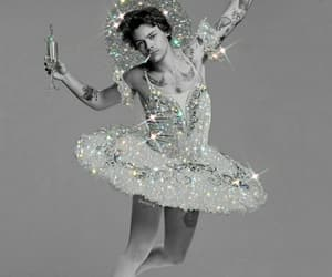 aesthetic, glitter, and diamonts image