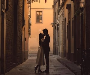 couple and italy image