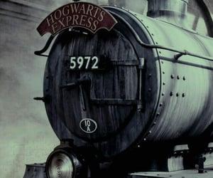 harry potter, wallpaper, and hogwarts image