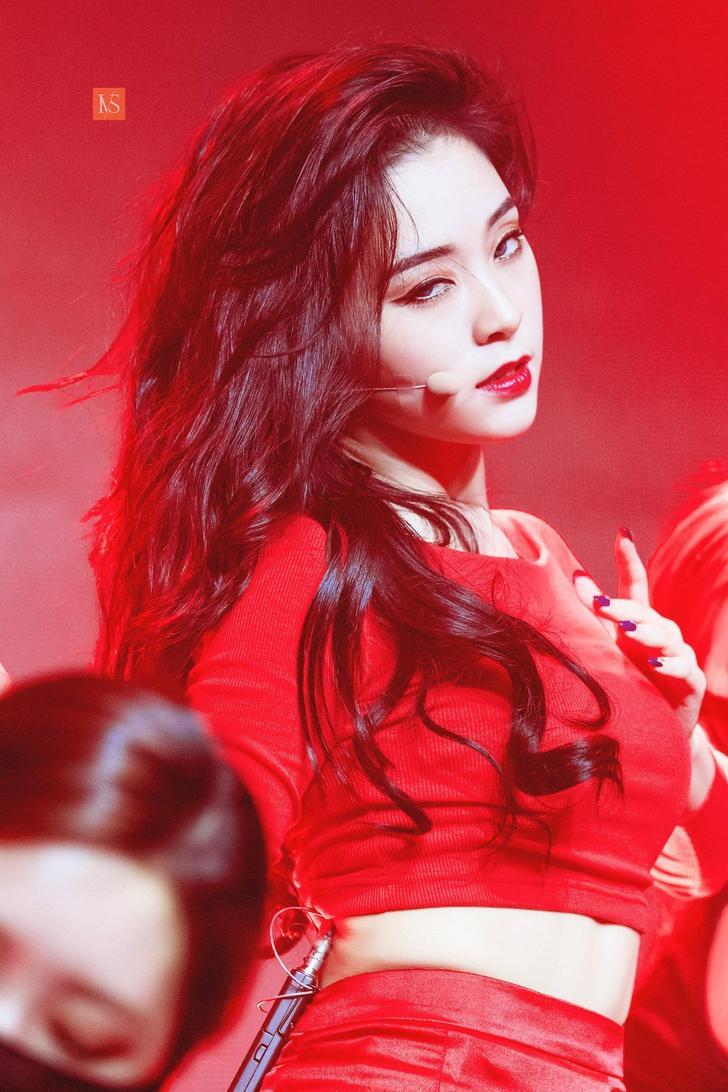 gahyeon, dreamcatcher, and kpop image