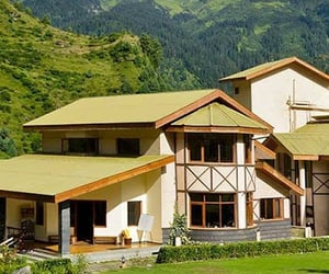 luxury ski resort and luxury hotel in solang image