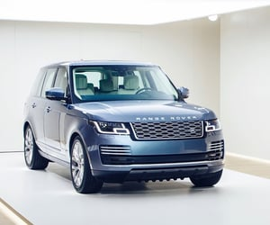 engines, range rover, and SUV image