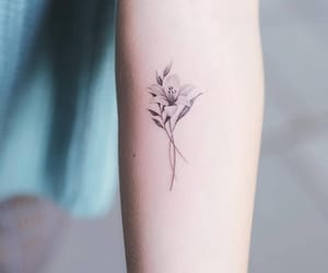 flower, ink, and tats image