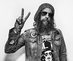 hippies, hippy, and rob zombie image