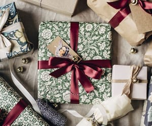 present, xmas, and article image