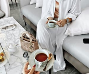 arabic, coffee, and Dubai image