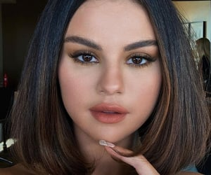 babe, Queen, and selena image