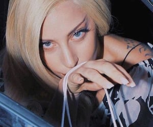 beauty, ladygaga, and nails image