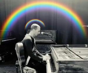 Chris Martin, coldplay, and everyday life image
