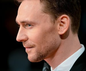 tom hiddleston, Marvel, and loki image