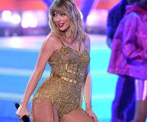 era, performance, and Taylor Swift image