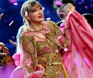 Taylor Swift, lover, and amas image