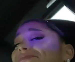 photo, ari, and dangerous woman image