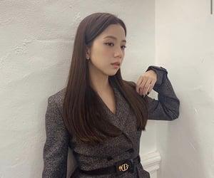 jisoo, blackpink, and kim jisoo image