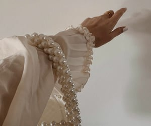 fashion, boss lady, and white aesthetic image
