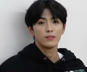 cix and yonghee image