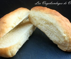 bun and hot dog image