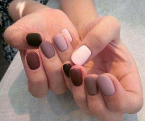 manicure, uñas, and matte nails image