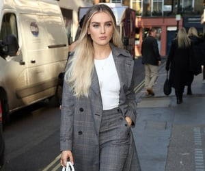 beautiful, fashion, and perrie edwards image
