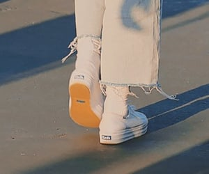 loona, loona details, and white sneakers image