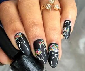 Nails 💅🏻 💅🏻@_Naina