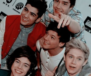 1d, one direction, and wallpaper image