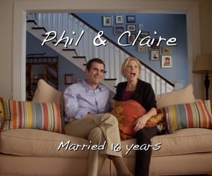 screencaps, series, and modern family image