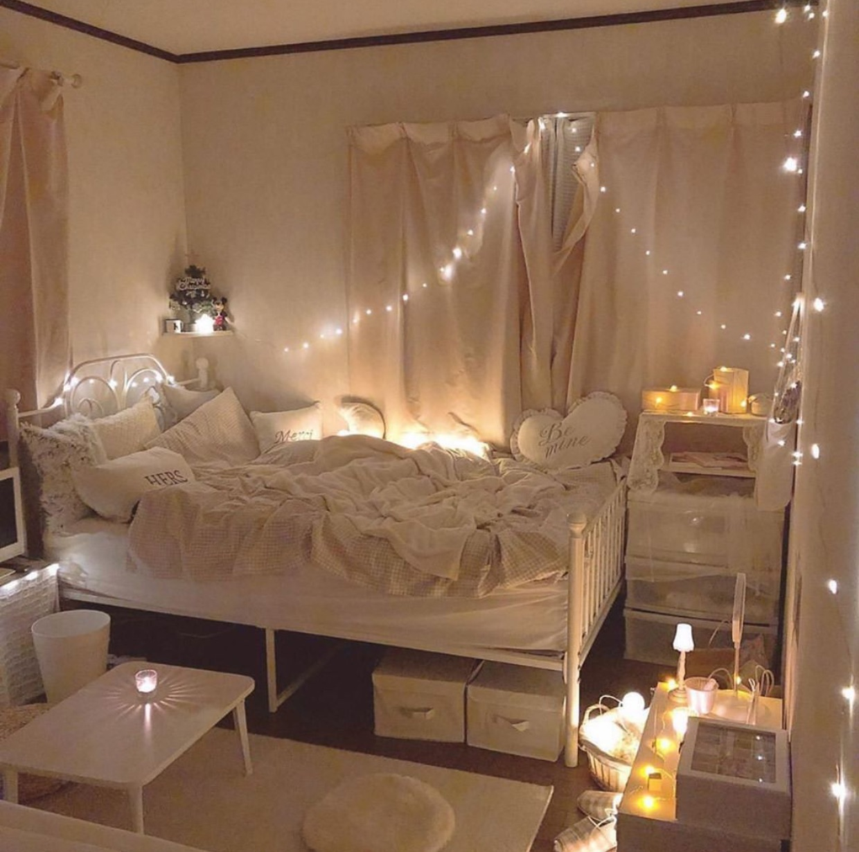 iCozyi ibedroomi decor discovered by grace on We Heart It
