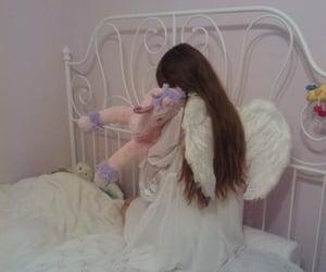 aesthetic, angel, and childhood image