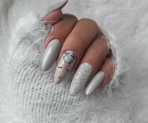 style and nailsart image