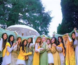 girls, loona, and kpop image