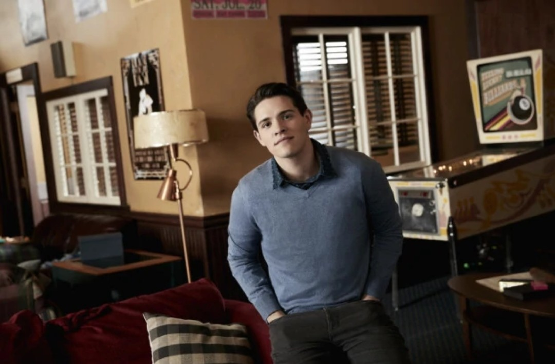 Archie, riverdale, and betty cooper image