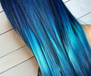 blue hair and shiny hair image