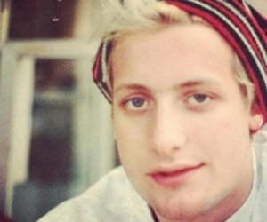 blonde, green day, and tre cool image