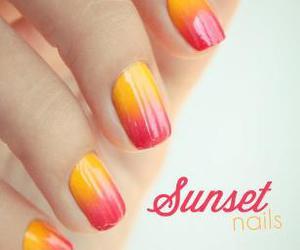 nails, sunset, and nail art image