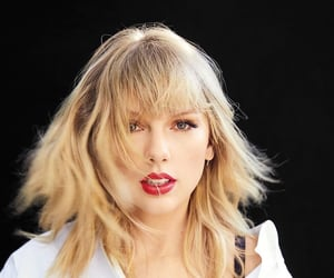 Taylor Swift, billboard, and celebrity image