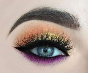 yellow eyeshadow, makeup for hazel eyes, and hazel eye makeup image