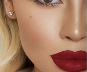 beauty, lashes, and moda image