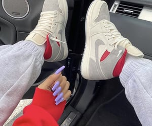 nails and shoes image