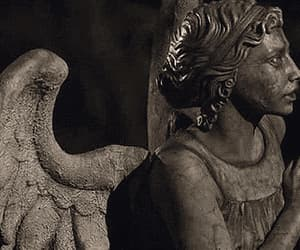 estatua, movimiento, and gif image