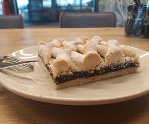 pie, kurabiye, and incirli turta image