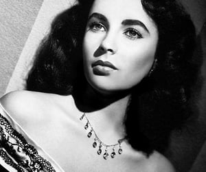 Elizabeth Taylor, necklace, and clarence sinclair bull image