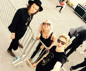 selfie, niall horan, and lou teasdale image