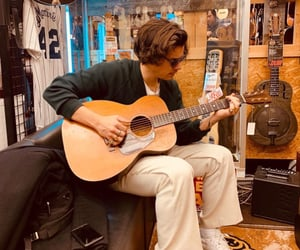 Harry Styles, guitar, and japan image