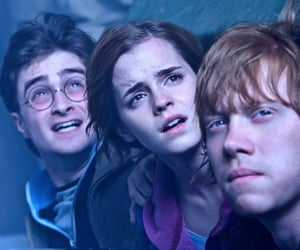 family, hogwarts, and friends image